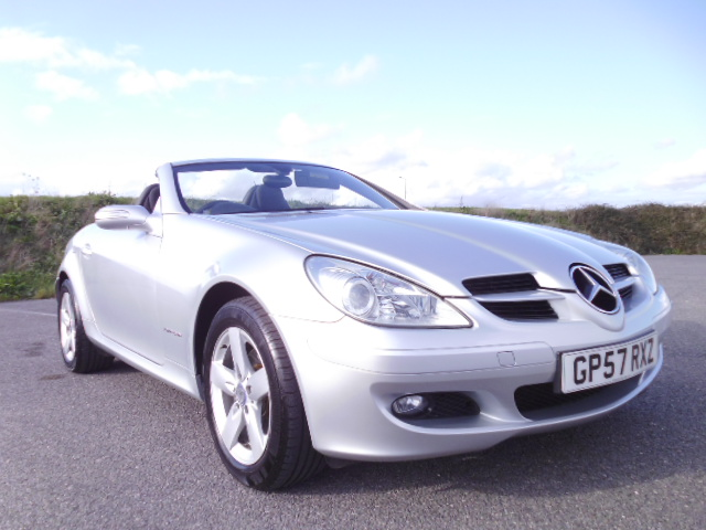 2007/57 MERCEDES SLK 200 1.8 SE LOW MILEAGE CONVERTABLE WITH FULL MERCEDES BENZ SERVICE HISTORY ! Image 3