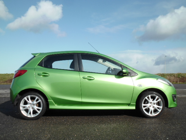 2009/09 MAZDA 2 1.5 SPORT 5Door, STUNNING AND ONLY 58,000 MILES ! Image 5