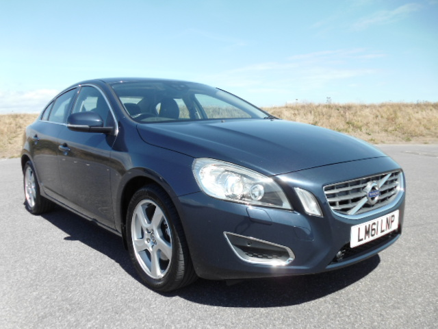 2011/61 VOLVO S60 1.6HDI SE LUX DRIVE S/S SALOON,£30/YEAR ROAD TAX, HI SPEC AND LOW MILEAGE ! Image 3