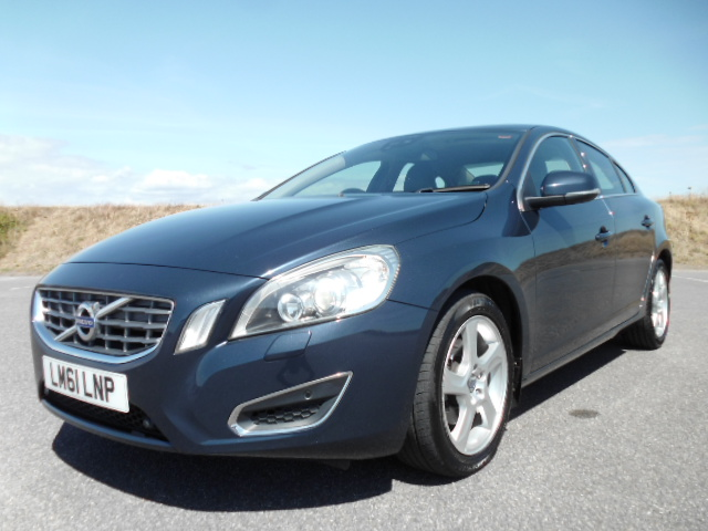 2011/61 VOLVO S60 1.6HDI SE LUX DRIVE S/S SALOON,£30/YEAR ROAD TAX, HI SPEC AND LOW MILEAGE ! Image 1