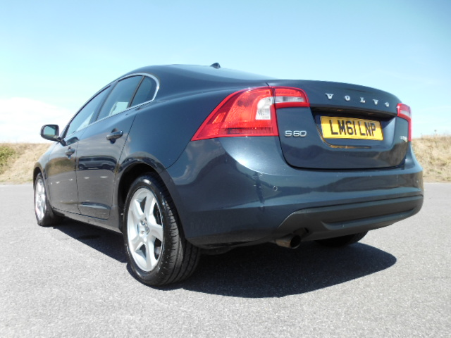 2011/61 VOLVO S60 1.6HDI SE LUX DRIVE S/S SALOON,£30/YEAR ROAD TAX, HI SPEC AND LOW MILEAGE ! Image 6
