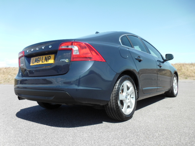 2011/61 VOLVO S60 1.6HDI SE LUX DRIVE S/S SALOON,£30/YEAR ROAD TAX, HI SPEC AND LOW MILEAGE ! Image 4
