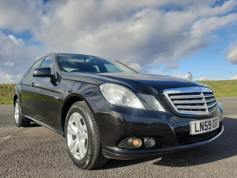 2009/59 MERCEDES E220CDI SE BLUE EFFICIENCY SALOON STUNNING WITH LOW MILEAGE ! Image 3