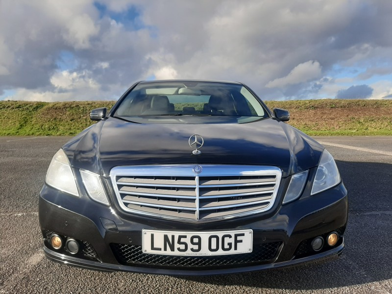2009/59 MERCEDES E220CDI SE BLUE EFFICIENCY SALOON STUNNING WITH LOW MILEAGE ! Image 2