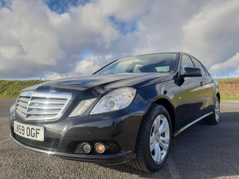 2009/59 MERCEDES E220CDI SE BLUE EFFICIENCY SALOON STUNNING WITH LOW MILEAGE ! Image 1