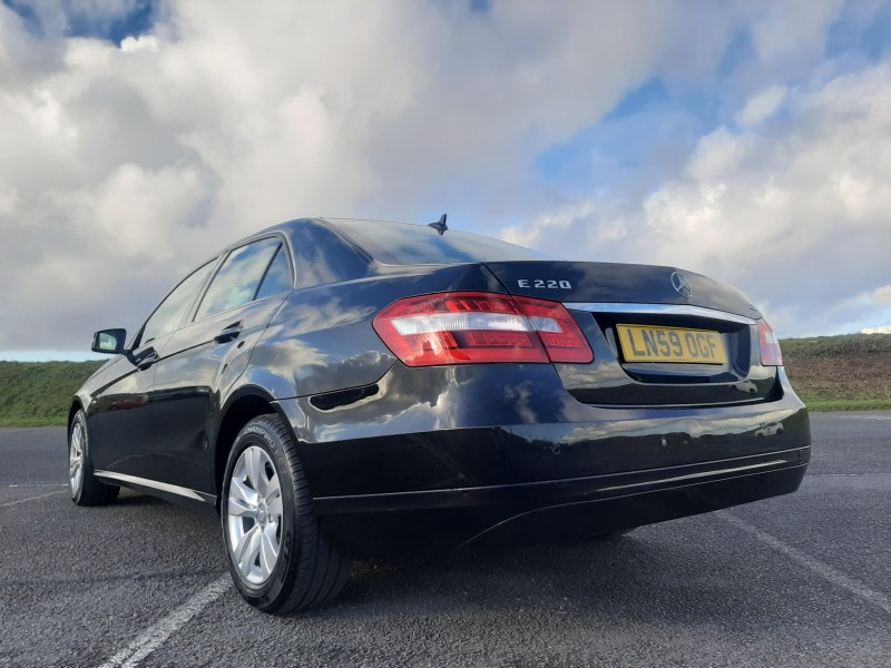 2009/59 MERCEDES E220CDI SE BLUE EFFICIENCY SALOON STUNNING WITH LOW MILEAGE ! Image 6