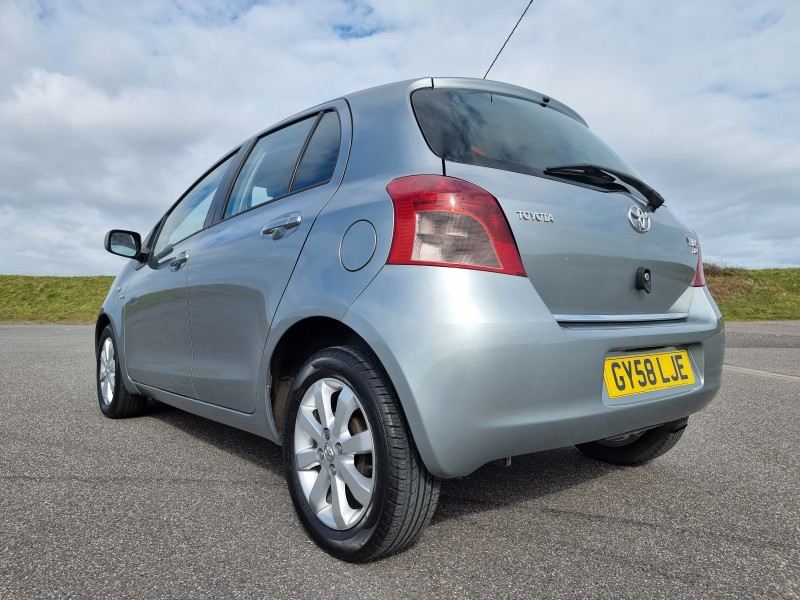 2008/58 TOYOTA YARIS 1.4 D-4D TR 5 DOOR, STUNNING AND ONLY £30/YEAR ROAD TAX ! Image 6