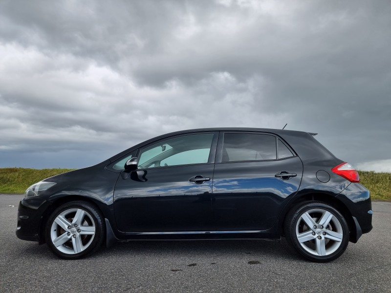 2010/10 TOYOTA AURIS 1.6 V-MATIC SR 5 DOOR, A LOVELY LOW MILEAGE EXAMPLE ! Image 9